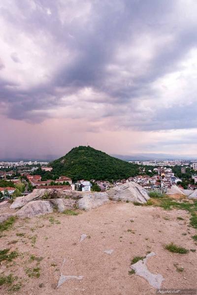 Zalez nad Plovdiv. Lightenings over Plovdiv, Aliosha