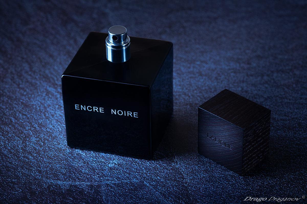 Perfume-Encre-Noir-Blue