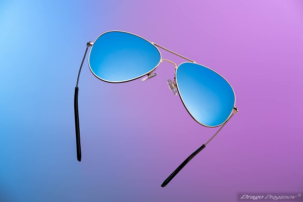 Продуктова фотография очила